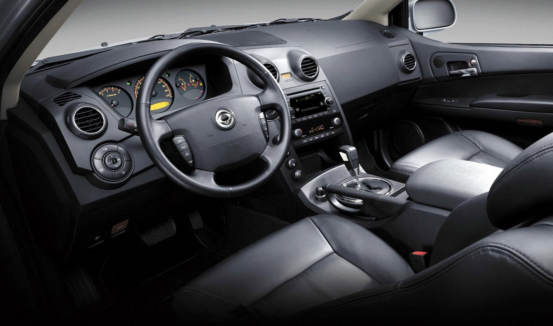 Actyon_interior_dashboard